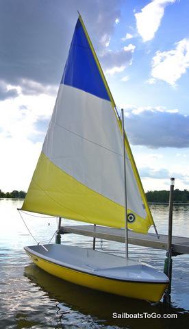 Snark Sunflower dinghi sailing portet moraira calp 2013 - YouTube