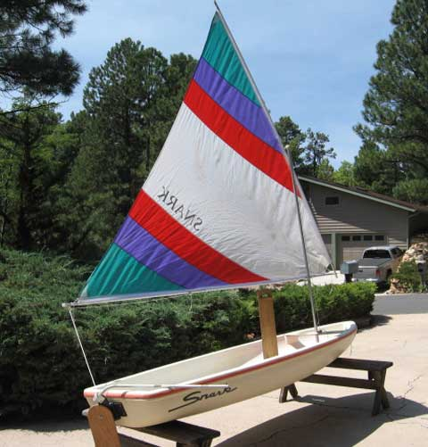 Sailboats To Go » Pictures of Snark Sailboats